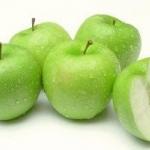 แอปเปิลเขียวลดสิวเสี้ยน