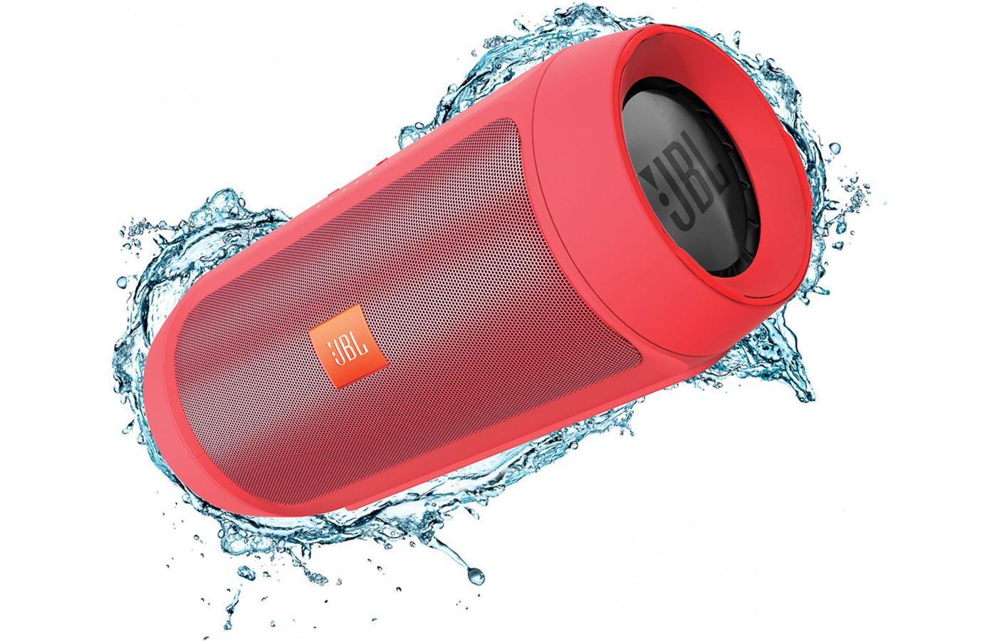 JBL Charge 2+ ลำโพงพกพากันน้ำได้ พลังเสียงเบสอิ่ม แน่น กระหึ่ม (Red) แถมกระเป๋าฟรี 1 ใบ