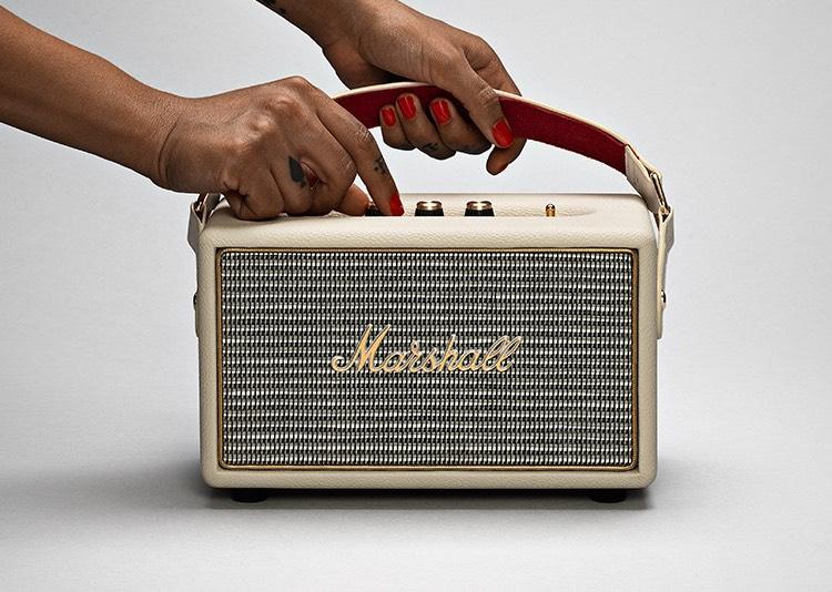 ลำโพงพกพา Marshall Kilburn พลังเสียงอันเป็นเอกลักษณ์ กระหึ่ม กระจ่างใส Cream