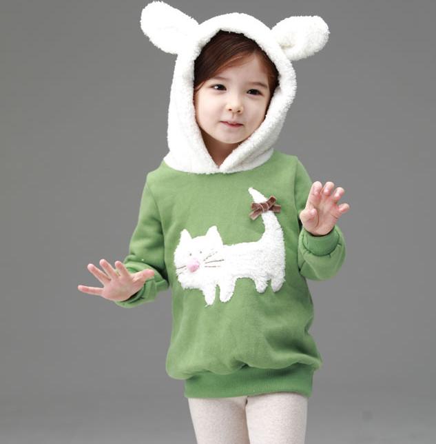 เสื้อแขนยาว สีเขียว ฮูดสีขาว ลายแมวเหมียว