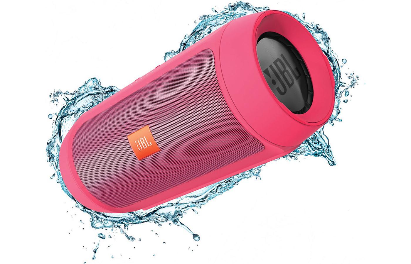 JBL Charge 2+ ลำโพงพกพากันน้ำได้ พลังเสียงเบสอิ่ม แน่น กระหึ่ม (Pink) แถมกระเป๋าฟรี 1 ใบ