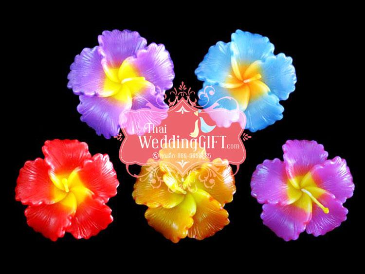 เทียนหอมลอยน้ำดอกชบา แพ็คถุงแก้ว ผูกเชือกพร้อมใบไม้