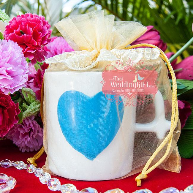 แก้วกาแฟ ลายหัวใจนูน ขนาดใหญ่ แพ็คถุงผ้าโปร่งลูกไม้