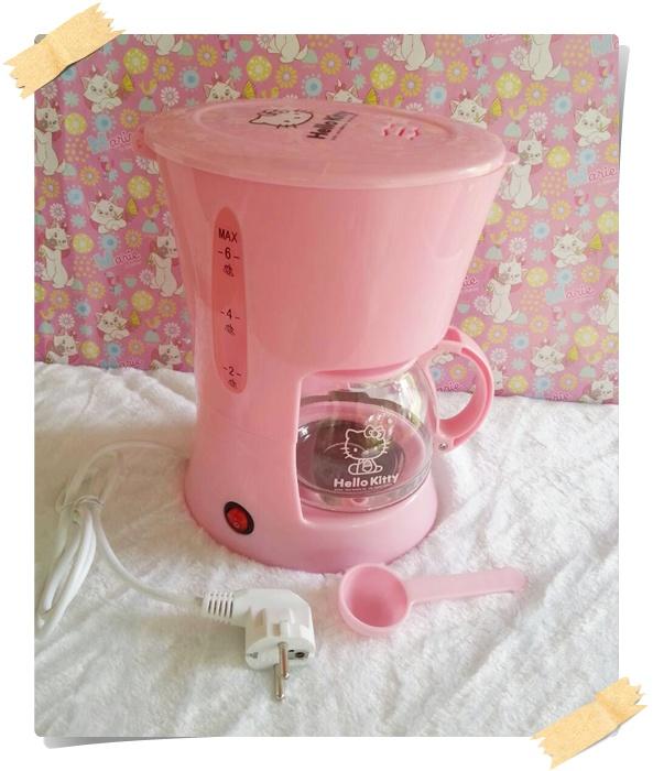เครื่องชงกาแฟคิตตี่้ Hello Kitty Coffee Maker 2