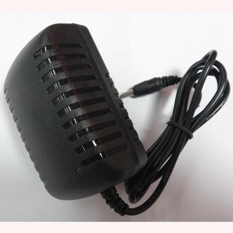 อแดปเตอร์ 5V 2.5A ขนาด 3.5x1.35mm ( DC Power adapter 5V 2.5A )