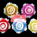 เทียนหอมลอยน้ำดอกกุหลาบ แพ็คถุงแก้ว ผูกเชือกพร้อมใบไม้
