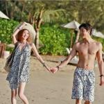 ชุดว่ายน้ำคู่รัก ชุดคู่รักเที่ยวทะเล ลายดอกไม้สีดำแดง สำเนา