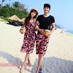 ชุดว่ายน้ำคู่รัก ชุดคู่รักเที่ยวทะเล ลายดอกไม้สีดำแดง