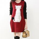 pr1165 ชุดเดรสแฟชั่น ผ้ายืดคอทตอนเนื้อนิ่ม สีแดง แขนผ้าไหมยาวสีดำ แต่งงานปักรูปแมวสีขาว