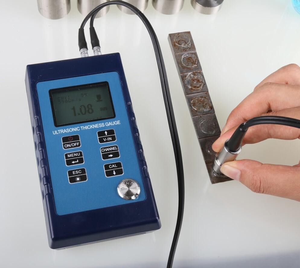 เครื่องวัดความหนาแบบอุลตร้าโซนิค (Ultrasonic wall Thickness meter) รุ่น GC-800 ยี่ห้อ GouOu ประกัน 1 ปี