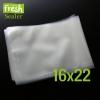 ถุงซีลสูญญากาศลายนูน แบบถุงสำเร็จ (Bags) 100 ใบ ขนาด 16cm X 22cm