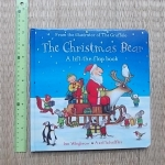 The Christmas Bear (A Lift-the-Flap Book) / From the Illustrator of The Gruffalo