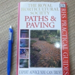 PATHS & PAVING (The Royal Horticultural Society)