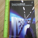 Essential Jesus (100 Readings Through the Bible's Greatest Story)