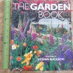 The Garden Book: Garden And More