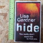 HIDE (By Lisa Gardner)
