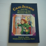 Cam Jansen and the Monster Movie (ปกน้ำเงิน)