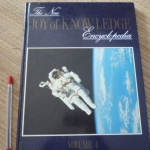 The New Joy of Knowledge Encyclopedia Volume 4: Space Exploration